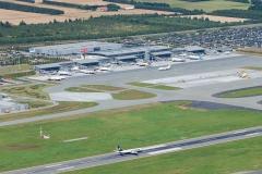 AT-Luftfoto-ApS-har-taget-dette-billede-af-Billund-Lufthavn-August-2012