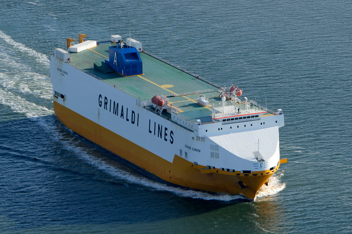 Luftfoto-af-Skibet-Grande-Europa-ved-afsejling-fra-Esbjerg